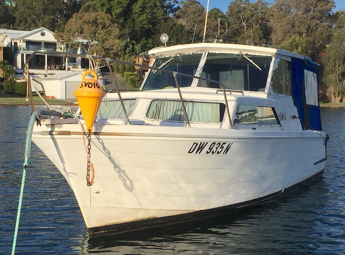 Mariner 26 Pacer Diesel Motor
