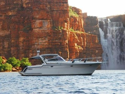 Carver 440 Motor Yacht