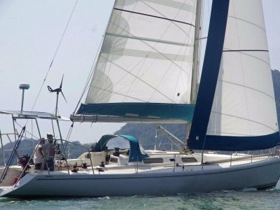 Lexcen 52 Short handed fast cruiser- Click for more info...