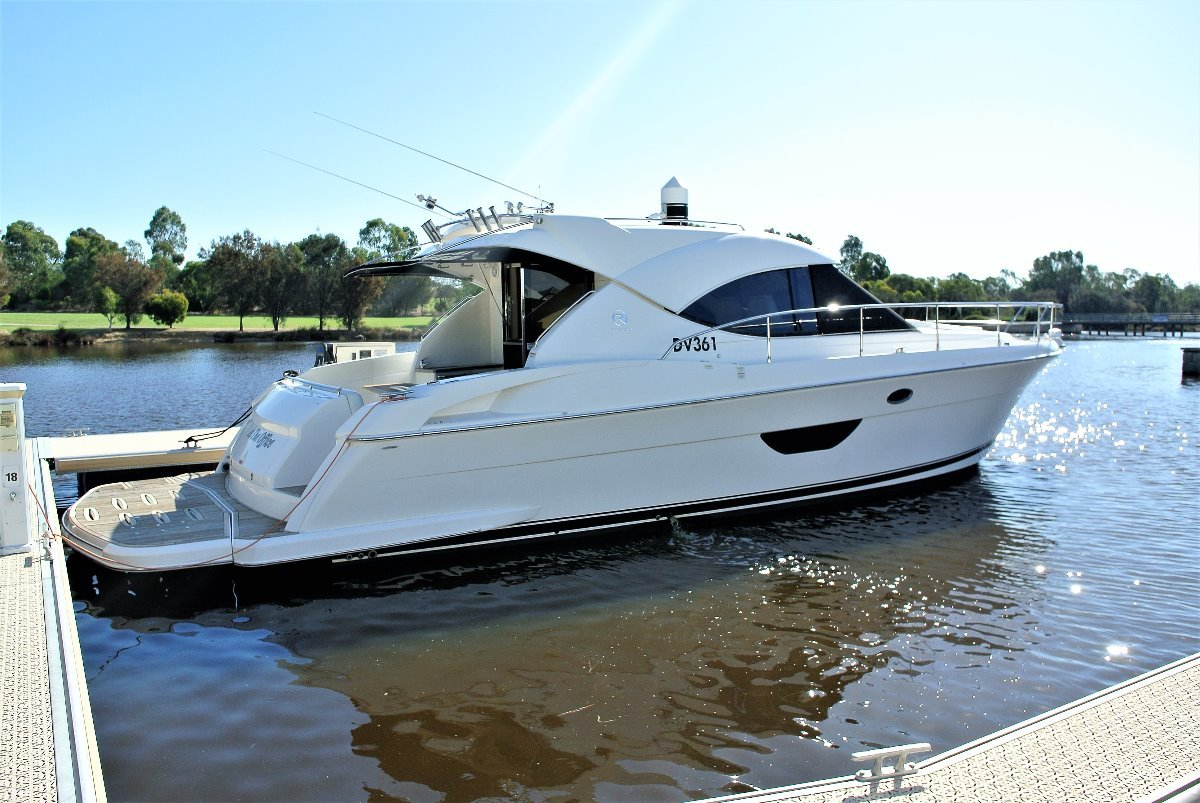 Riviera 4400 Sport Yacht *** NOW IS THE TIME*** REDUCED *** $629,000 ***