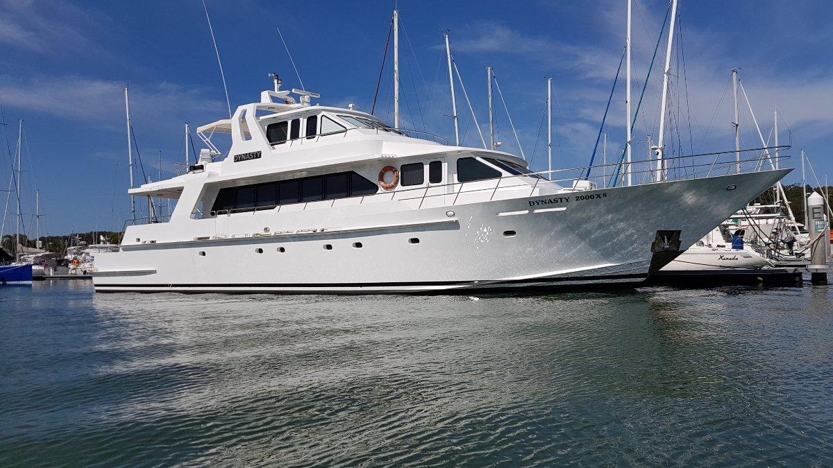 88 YORK Motor Yacht