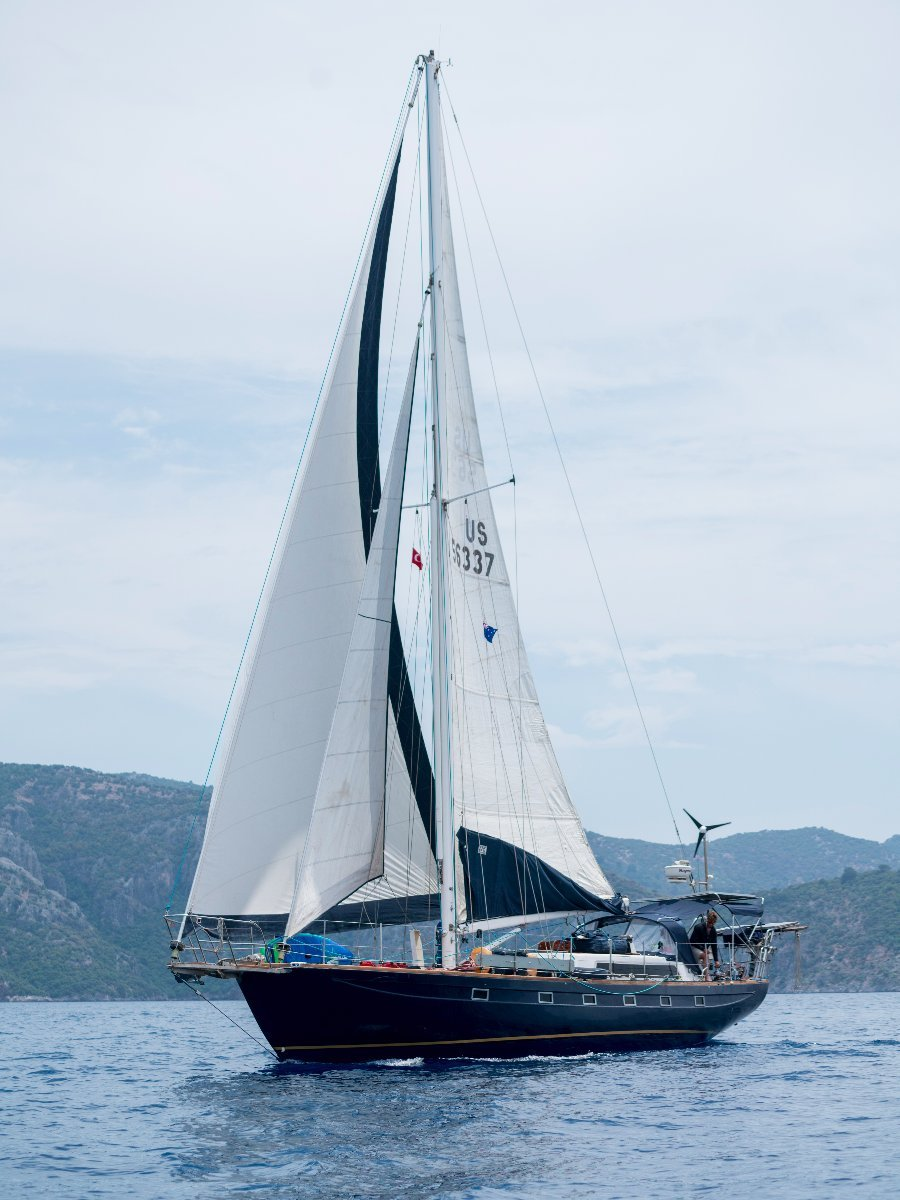 William Crealock Blue Bouy Del Rey 50 Flush deck cutter