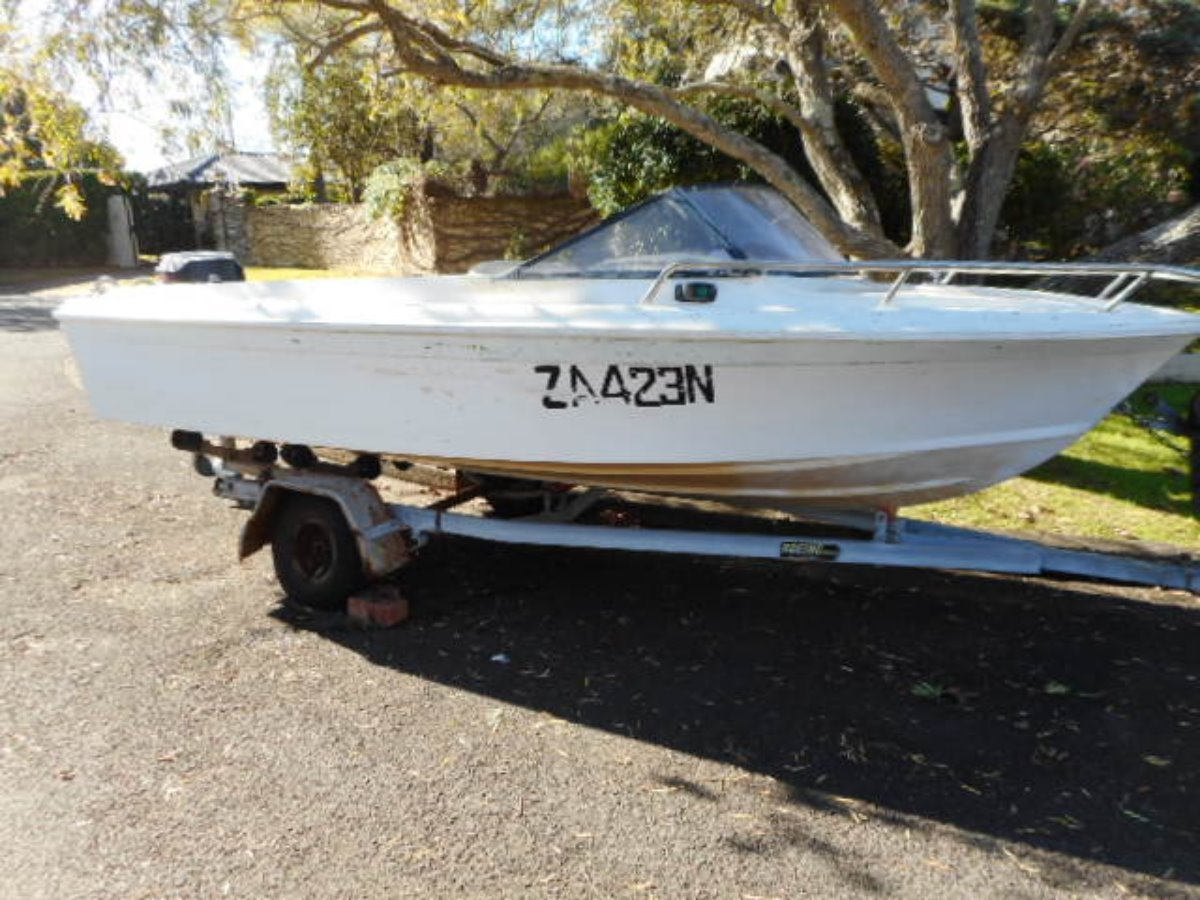 Haines Hunter V146 runabout Haines hunter 445R