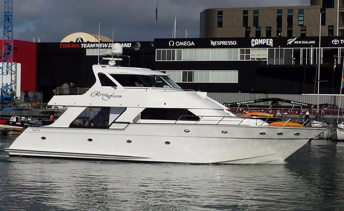 Regal Motor Yacht 20 m