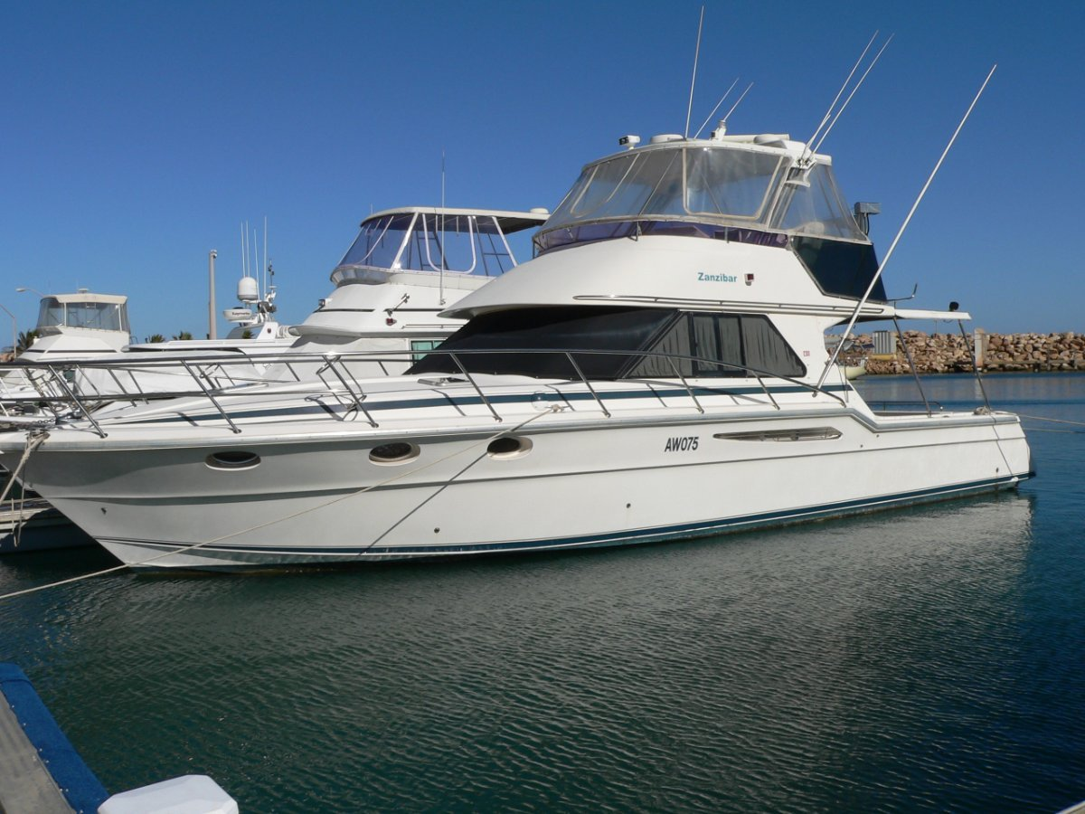 Thomascraft 4500 Flybridge