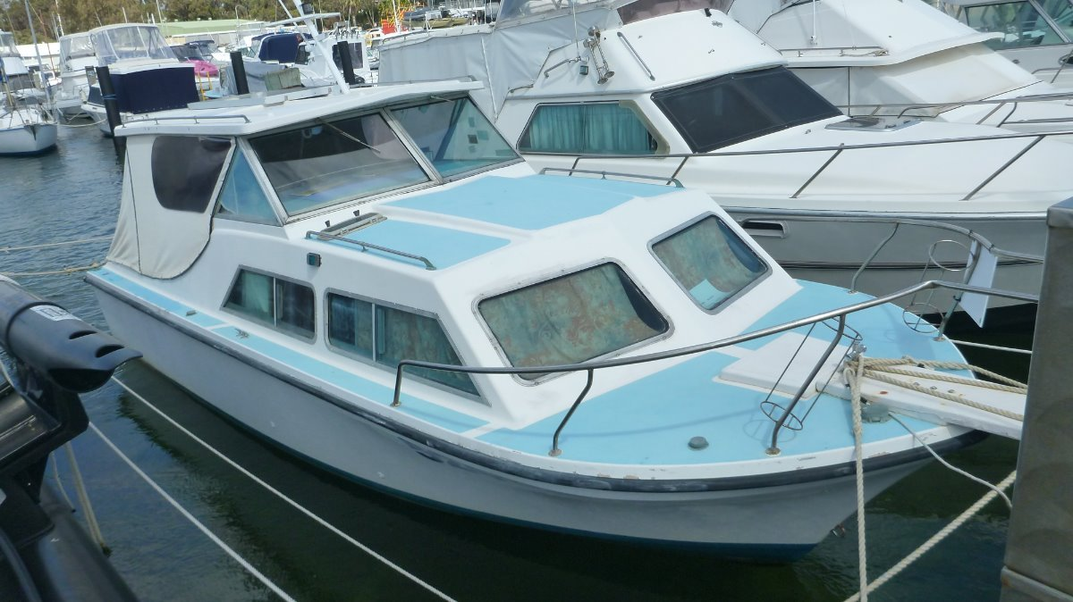 Guardian 24 Cabin Cruiser GREAT STARTER BOAT AND ROTTO OVERNIGHTER!!