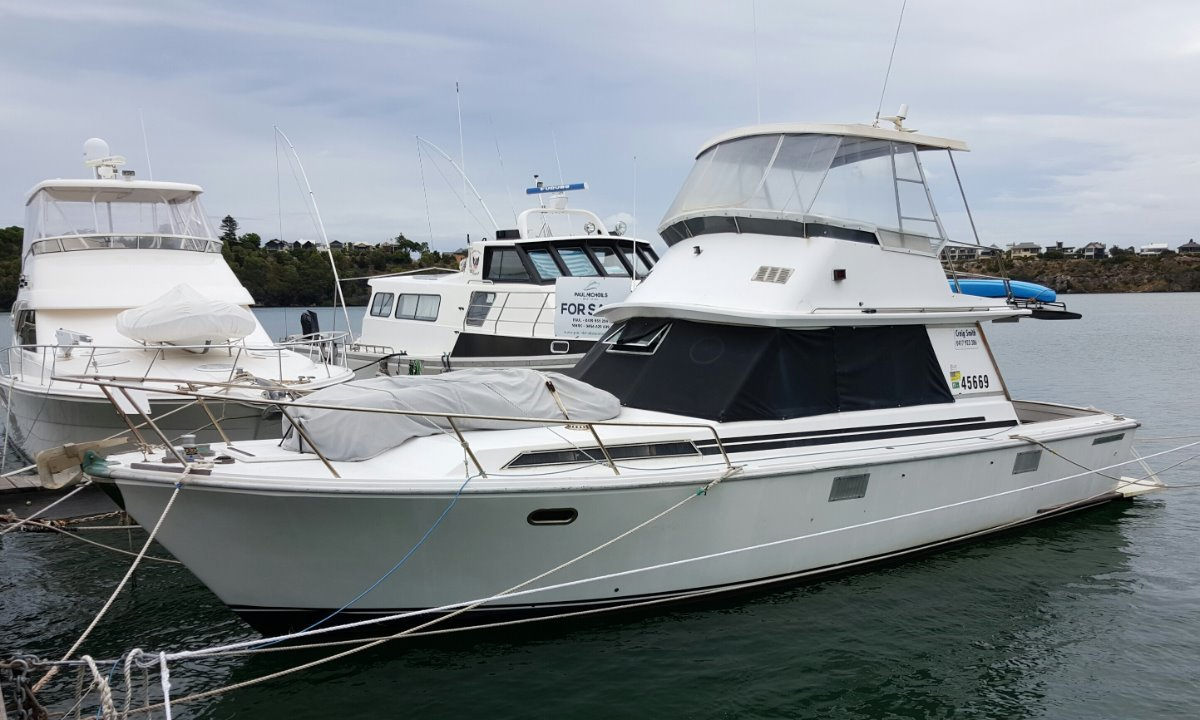 Randell 38 Flybridge Cruiser BIG WEEKENDER AND PRICED FOR A QUICK SALE!