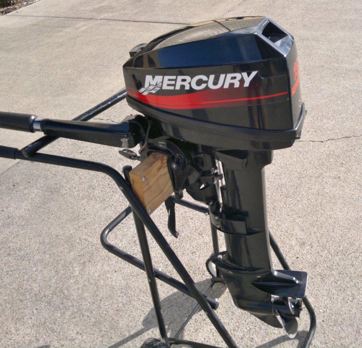 2000 Mercury 15ML 2-Stroke Hardly Used