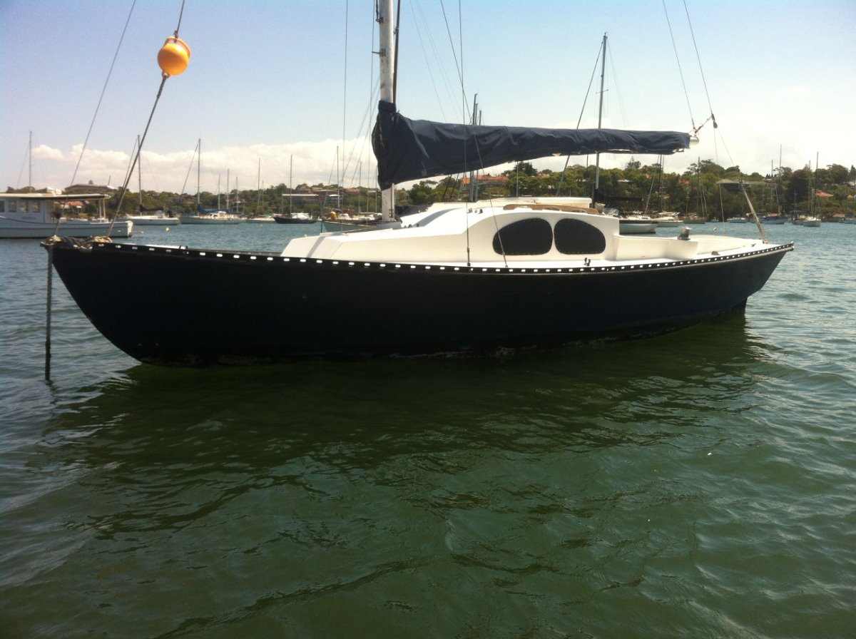 Blue Bird 22 Mooring minder or cheap sailing can deliver !!