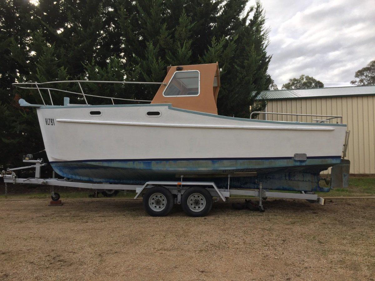 Custom Cabin Cruiser