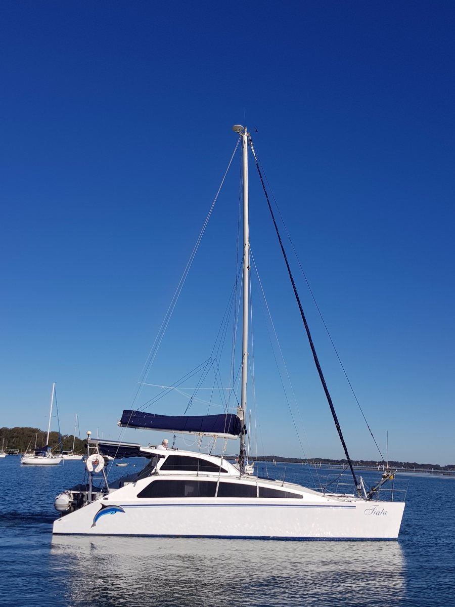 Custom Craft Catamaran easy 37