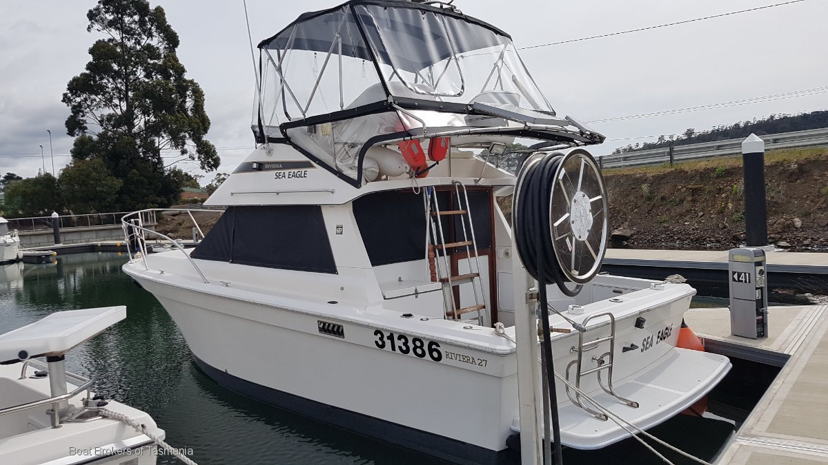 Sea Eagle Riviera 27 Flybridge Boat Brokers of Tasmania