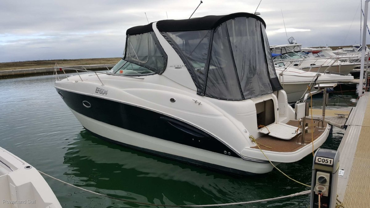 Maxum 3100 SE 2007 big volume boat worthy of a look