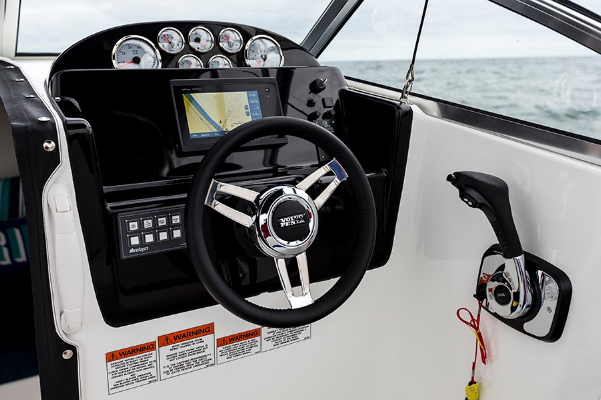 Whittley SL 20 + Volvo Vk-200-G SX-A 200hp Petrol Sterndrive