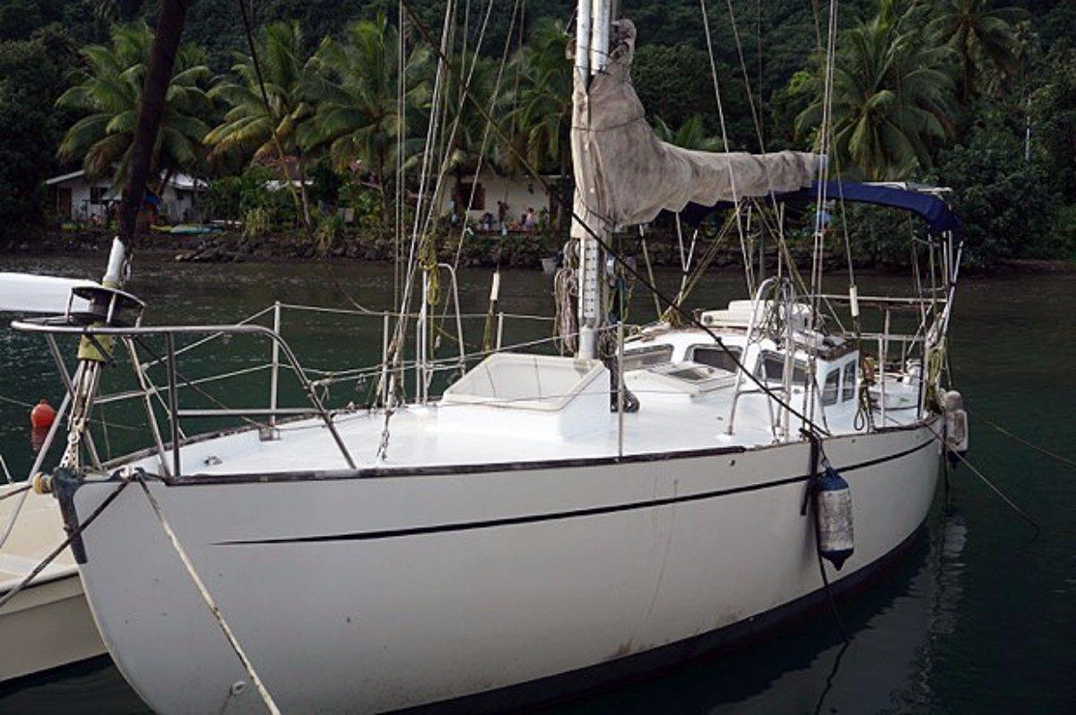 Cruise Tahiti - 40ft Sailing Yacht