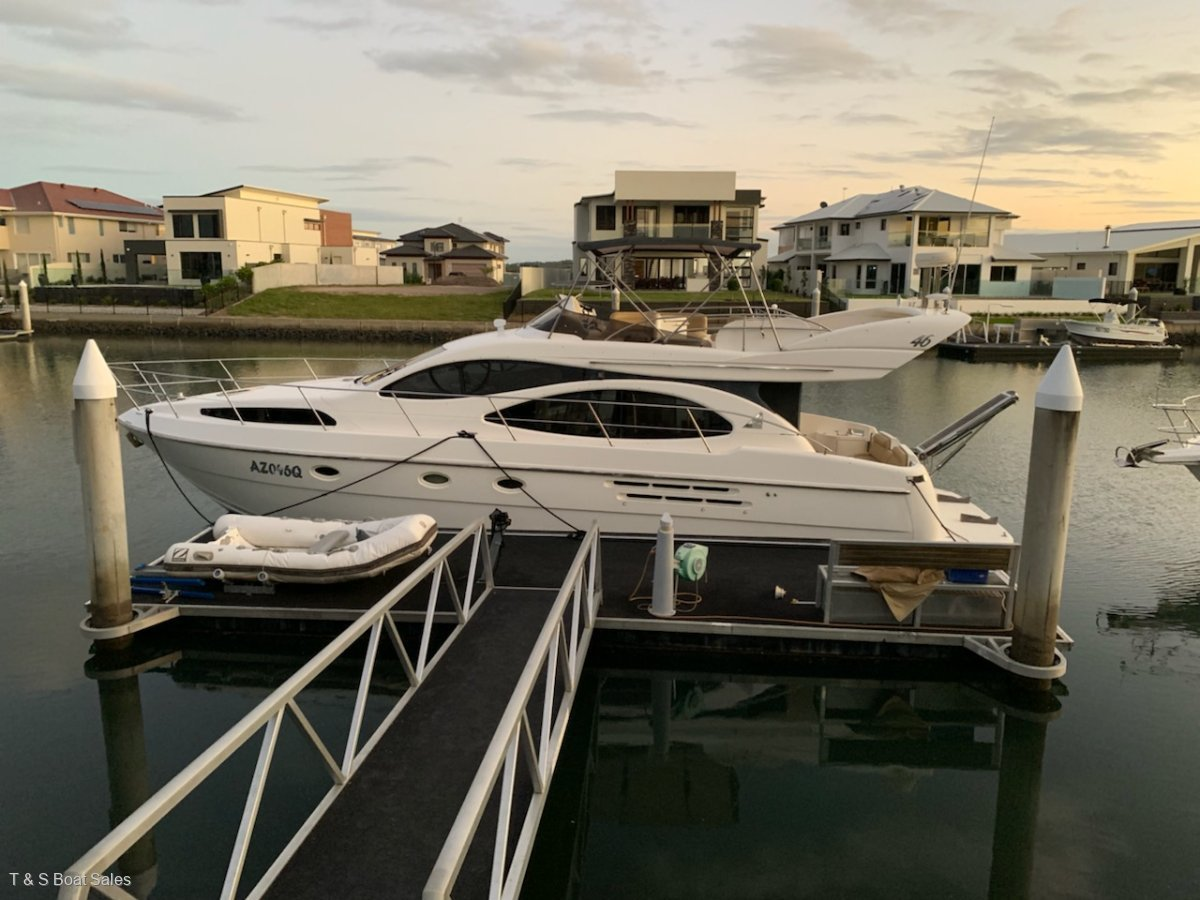 Azimut 46 REDUCED TO SELL