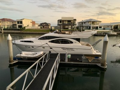 Azimut 46 Reduced To