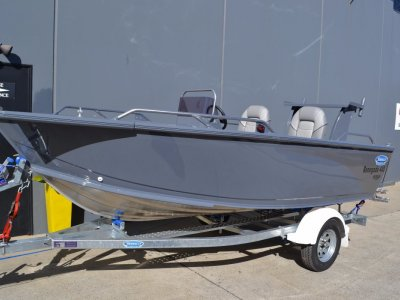 Stessco Renegade 440 Powered with 40 hpYamaha 4ST F/Trailer $26798.00