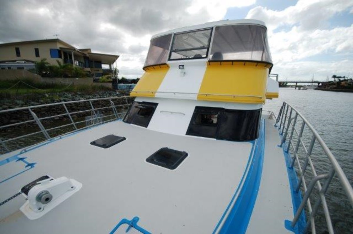 New Wave Catamaran PAUL STANYON DESIGN 43 EXPLORER MUST SELL!!