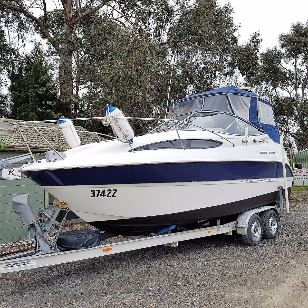 Bayliner Ciera 2455 Bayliner 2455 Ciera on registered tandem trailer Boat Brokers of Tasmania