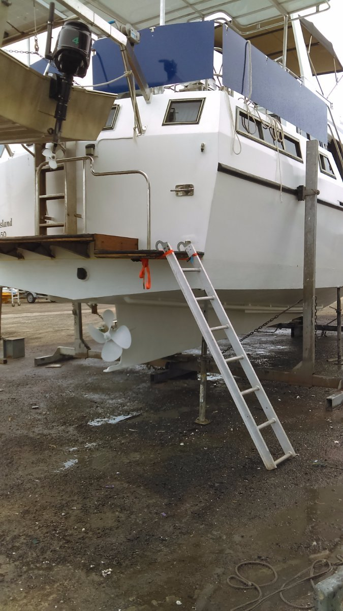 Norman Wright 40 Motor Cruiser Flybridge Aft Cabin