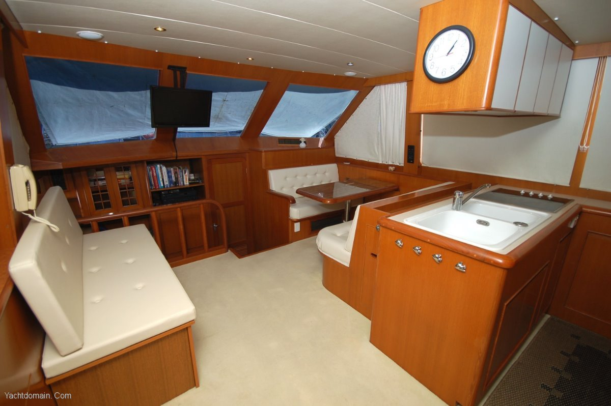Hyatt 51 Motor Yacht