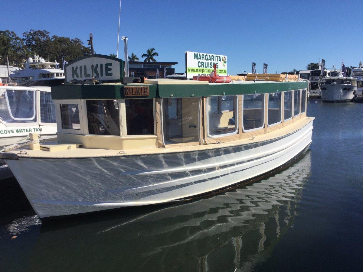Thompson 30' charter vessel