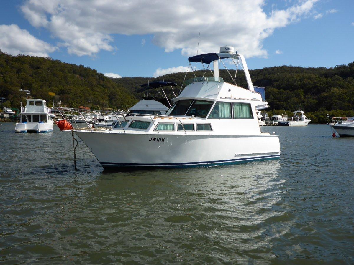 Custom built 30' Timber Flybridge cruiser