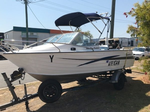 Savage 490 Bay Cruiser