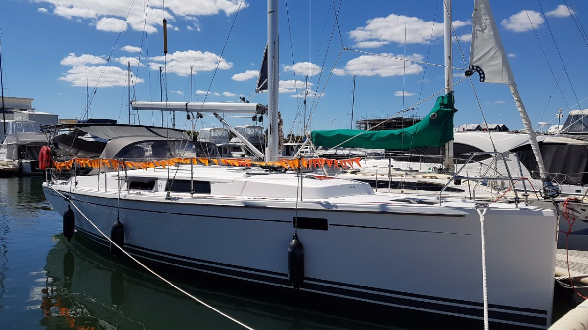 Hanse 385 near brand new with all the extras