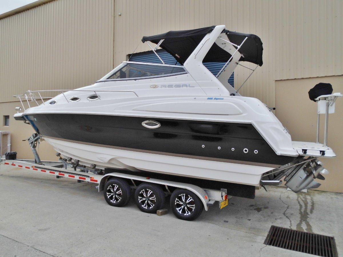 Regal 2850 Sports Cruiser