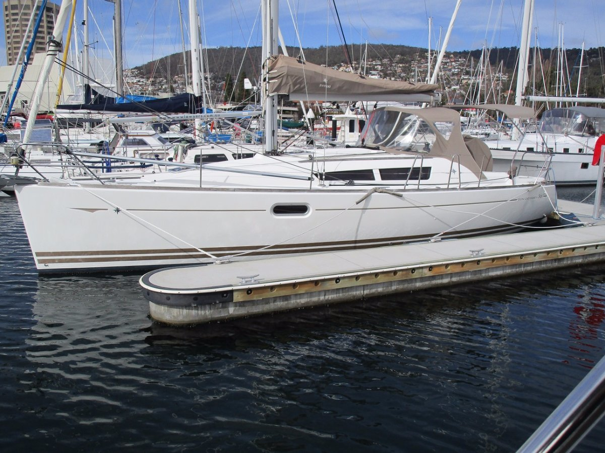 Jeanneau 36I IN SUPERB CONDITION