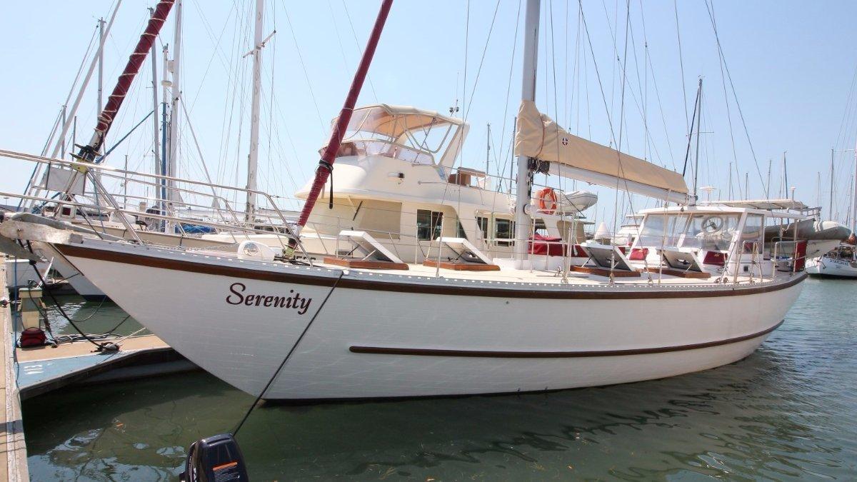 Roberts 44 Offshore Cruising Yacht