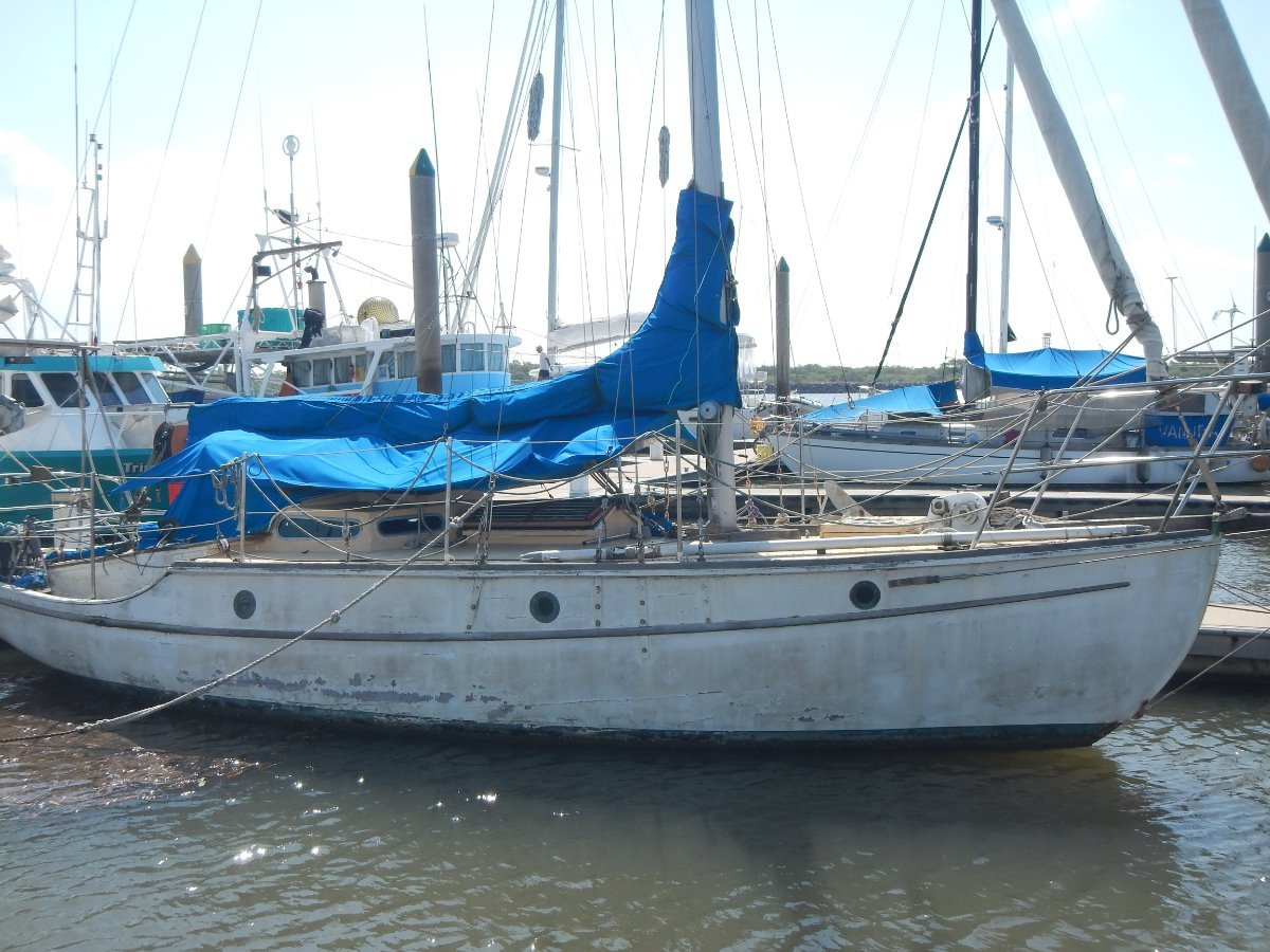 Maurice Griffiths Timber Sloop 30