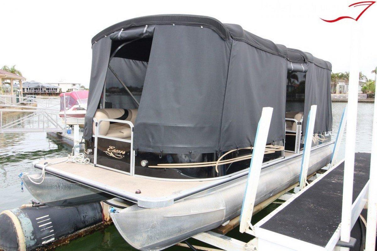 Bentley 240 Cruise Pontoon Part BBQ Boat