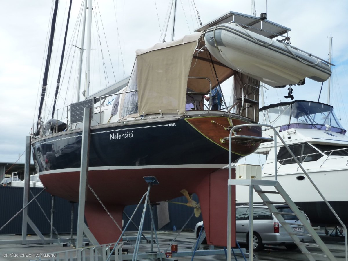 Warwick 46 Deck Saloon Cruising Yacht