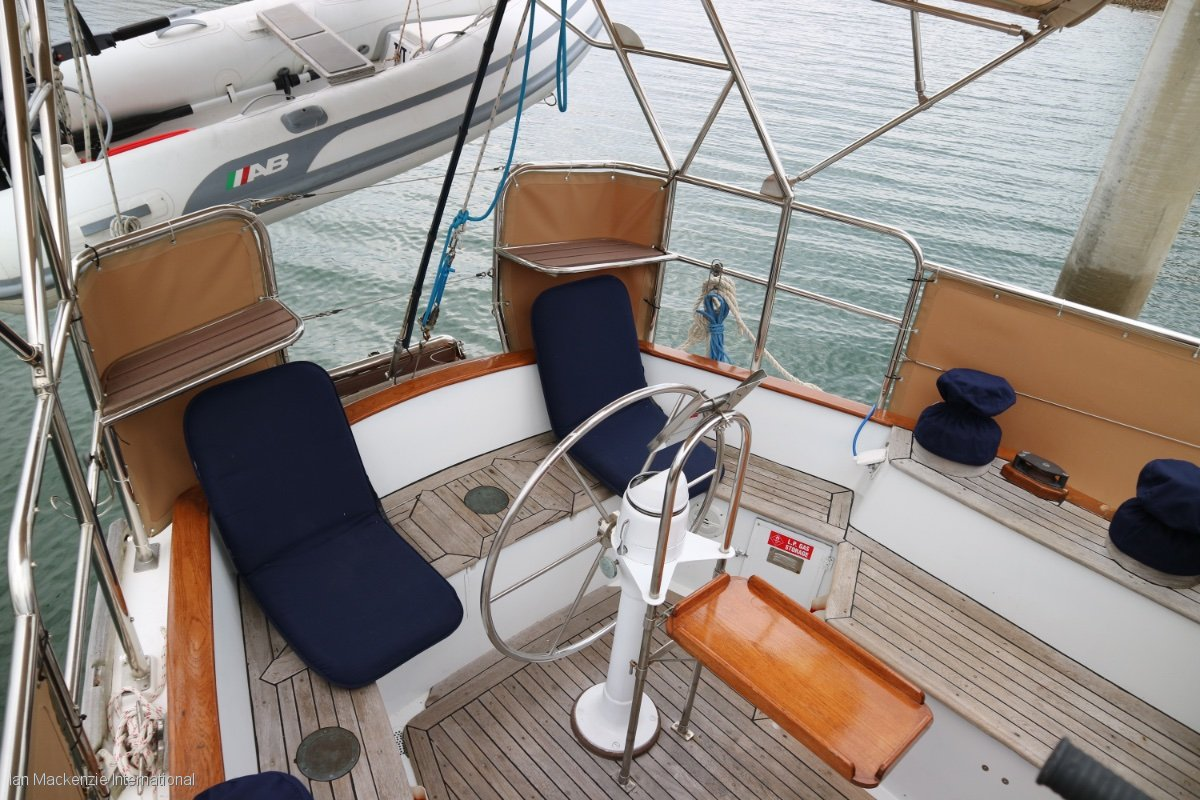 Warwick 46 Deck Saloon Cruising Yacht:IMI_Warwick 46 Deck Saloon - Nefertiti