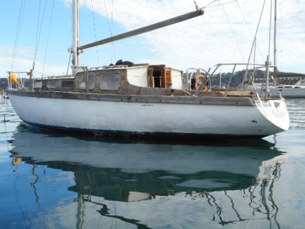 Buchanan Buchanan 35ft Classic yacht Need Full Restoration
