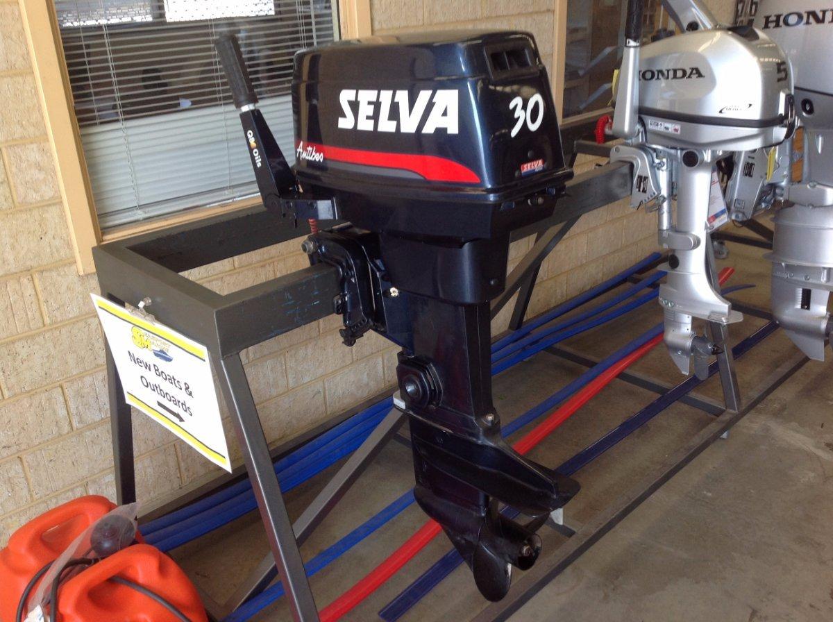 2007 Selva 30hp 2 stroke outboard motor - new