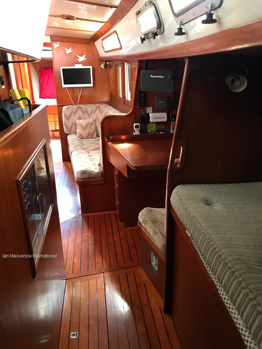 Cavalier 45 Centre cockpit Cruising Yacht