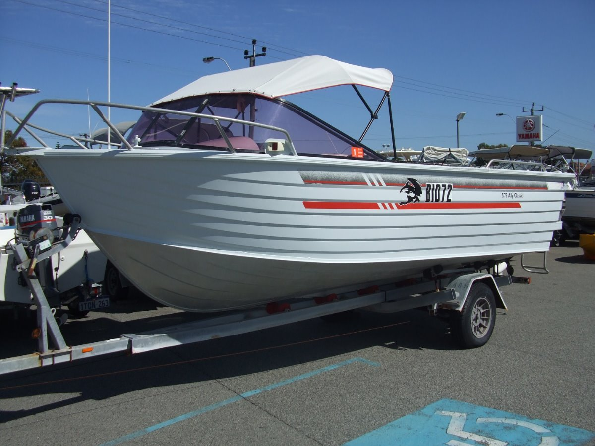 Ally Craft 575 Classic RUNABOUT
