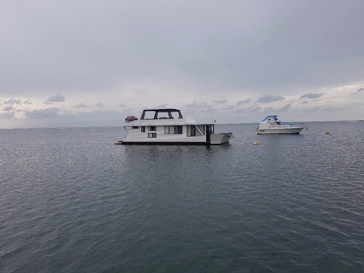 "1985 48"" Custom house boat,"