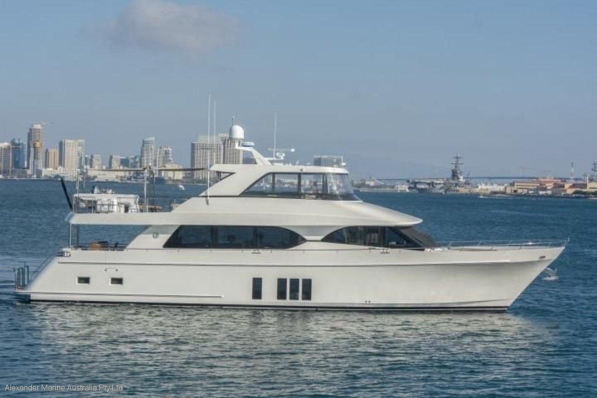 Ocean Alexander 85