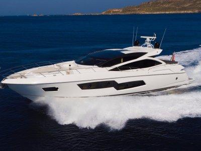 Sunseeker Predator 80 Sports Yacht