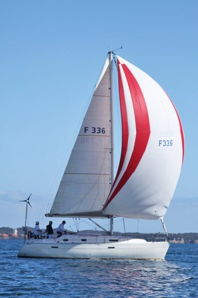 Beneteau Oceanis 331 Comfortable cruising yacht perfect coastal sailing:First in the Beneteau Cup 2012