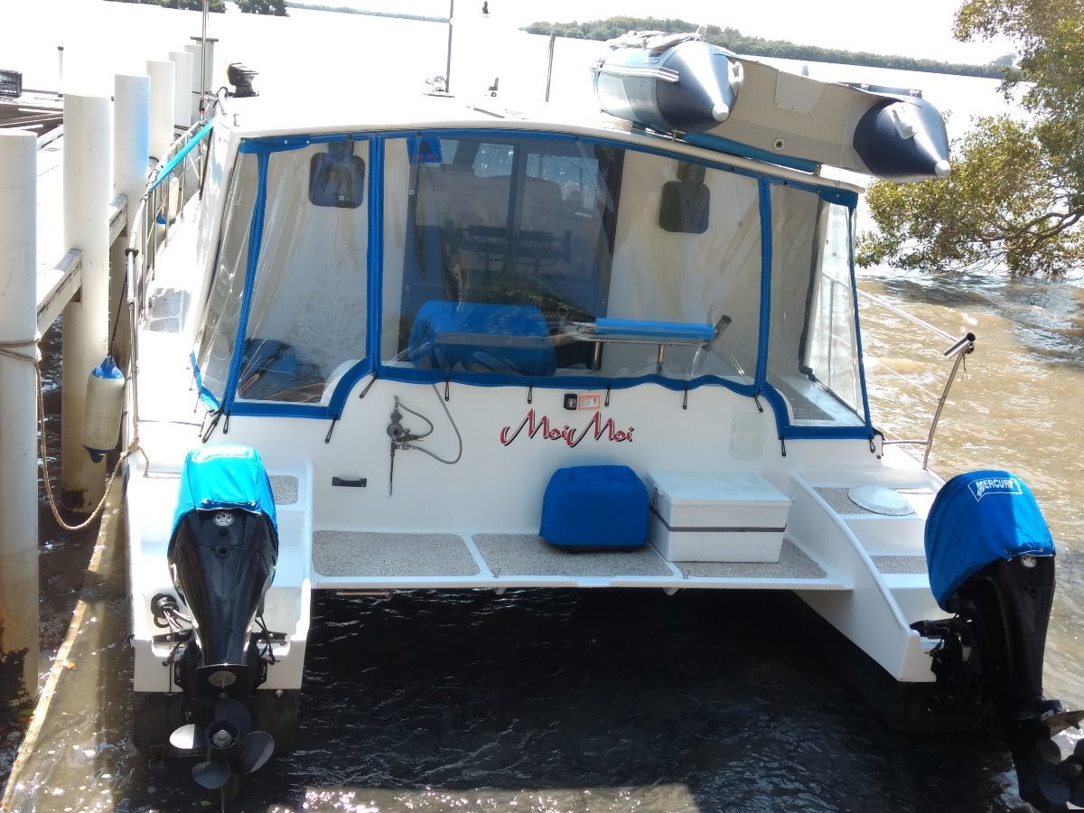 Powercat Ashley Holiday Power cat catamaran //weekender.