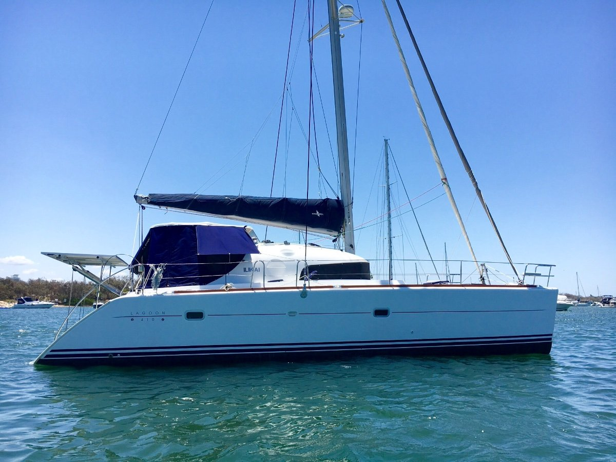 Lagoon 410 S2 Owners Version