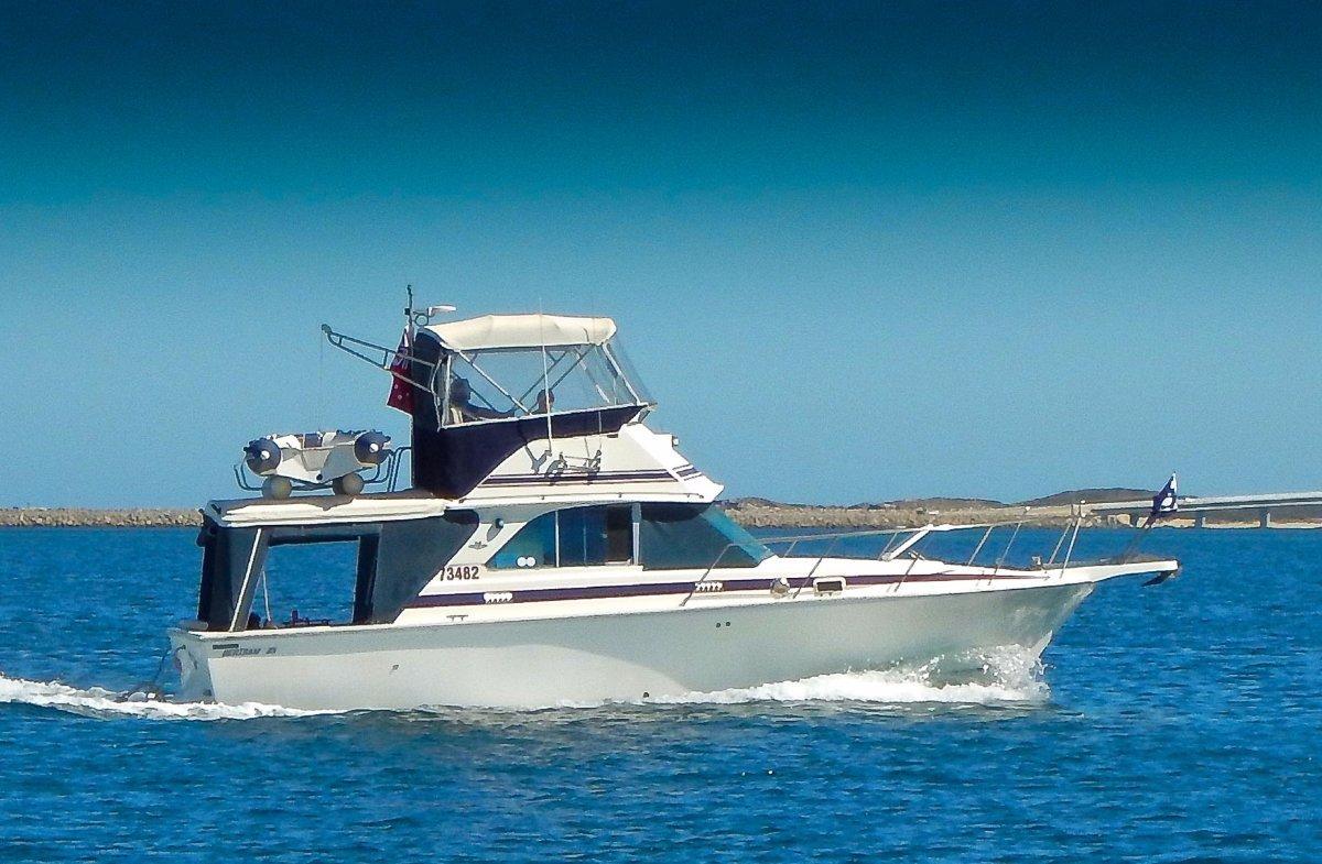 Bertram 35 Flybridge Fantastic family boat and great value for money at