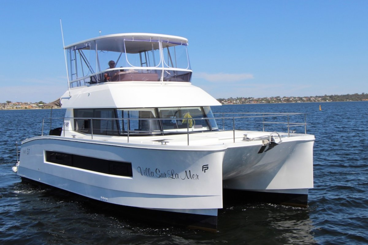 Fountaine Pajot MY 37 - share with Boat Equity