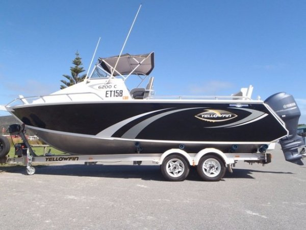 Yellowfin 6200 Cabin